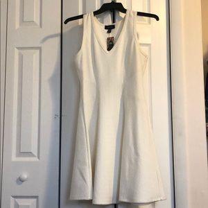 Karen Kane off white bell dress 👗 medium party